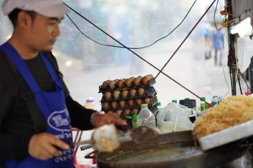 Thai Vendor on the side street
